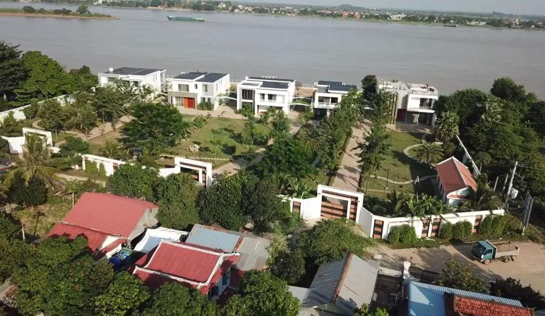 waterfront-villas